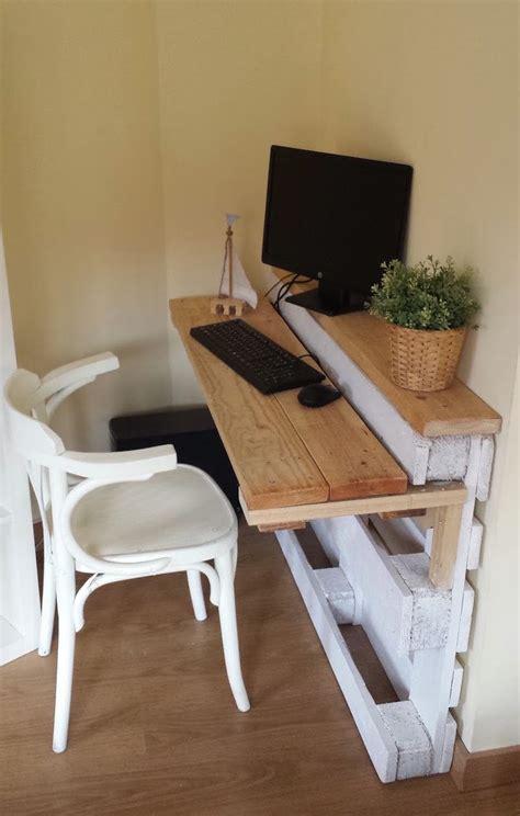 fabriquer bureau en palette meuble en palette intérieur et extérieur 40 nouvelles