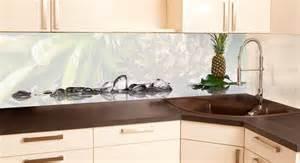 unique kitchen backsplash ideas glasdruck eiskalter vitaminschock