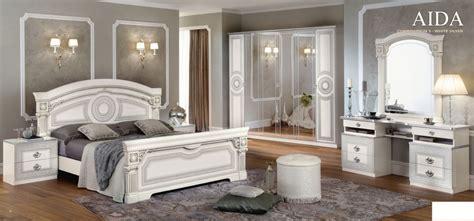 chambre meuble blanc chambre à coucher italienne aida blanc argent chambre