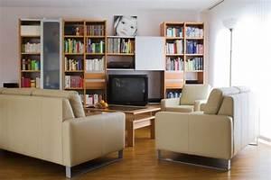 Uhren Für Wohnzimmer : uhren f r das wohnzimmer raum und m beldesign inspiration ~ Pilothousefishingboats.com Haus und Dekorationen