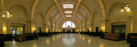 station interior file seattle union station interior pano 01 jpg wikimedia commons