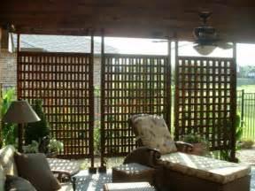 balkon sichtschutz holz balkon seitensichtschutz verstecken sie sich mit stil