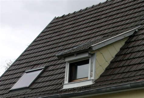 faire un chien assis toiture file lucarne rante et chassis de toit jpg wikimedia commons
