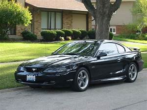1998 Ford Mustang - Information And Photos