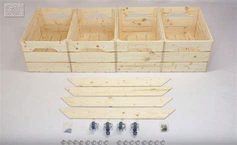 peindre une table en bois 2 fabriquer une table basse avec des caisses de vin des id233es evtod