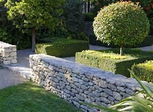 comment installer un muret en pierre seche With delightful maison en rondin prix 11 deco jardin avec rondin de bois