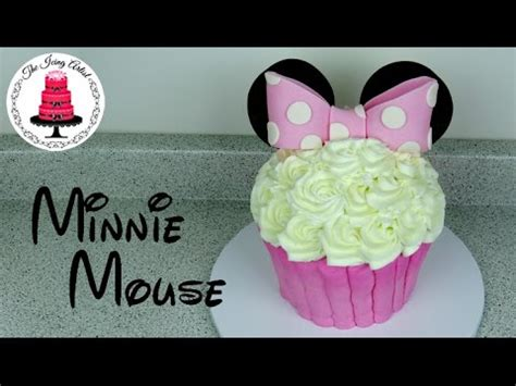 giant buttercream minnie mouse cupcake cake