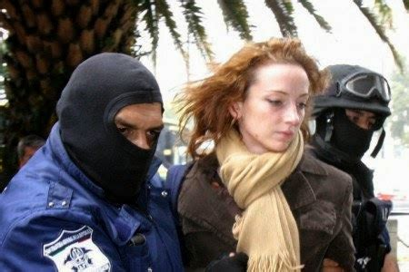 Bamba Política: Florence Cassez demanda a Calderón por 36 mdd