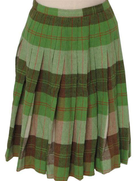 sixties vintage plaid skirt   label womens green