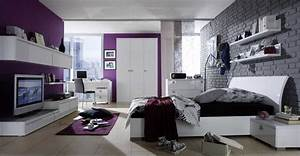 Jugendzimmer Jungen Günstig : jugendzimmer f r jungen mit grau backstein wandverkleidung und lila wandfarben dekor dyak ~ Indierocktalk.com Haus und Dekorationen