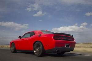 2017 Dodge Challenger SRT 392 and Hellcat Photo Gallery ...
