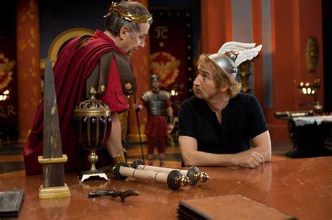 Asteriks un Obeliks: Dievs, sargi britāniju (2012) - Filmas