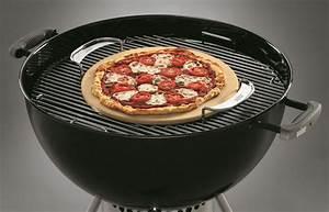 Four A Pizza Weber : weber gourmet bbq system pizza stone weber the barbecue store ~ Nature-et-papiers.com Idées de Décoration