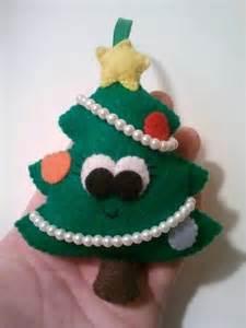 Felt Christmas Ornament Tree