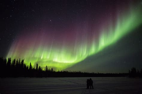 northern lights tours canada yellowknife northern lights tours bing images