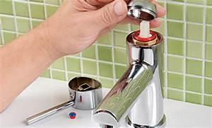Ablaufgarnitur Waschbecken Wechseln : armatur badewanne wechseln gc37 hitoiro ~ Lizthompson.info Haus und Dekorationen