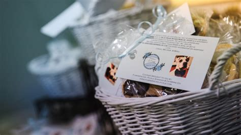 wedding trend skip tired party favors donate