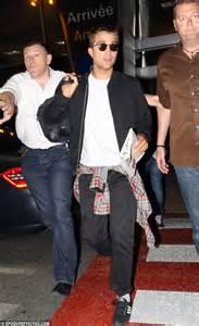 Robert Pattinson puts vampire alter-ego Edward Cullen ...