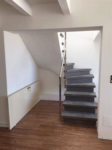escalier b 233 ton teint 233 gris anthracite 2 4 tournant nez de marche carr 233 vo 251 te sarrasine