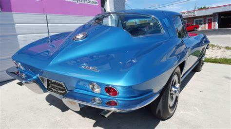 seller  classic cars  chevrolet corvette nassau