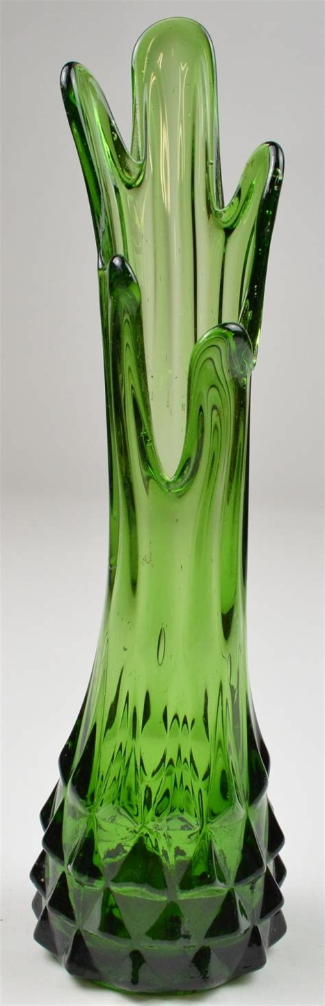 Green Vase by Emerald Green Swung Stretch Vase 10 5 Quot
