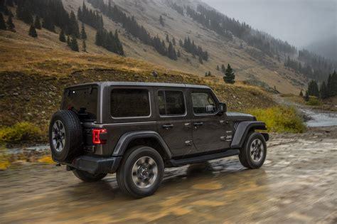 quadratec academy   remove   jeep jl wrangler