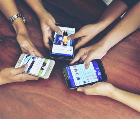 debate continues  social media addiction  fix