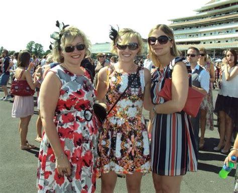 newbury race  ladies day fun   sun  heart