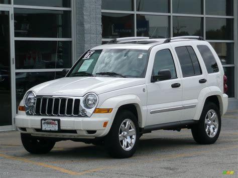 jeep white liberty 2007 stone white jeep liberty limited 4x4 40397