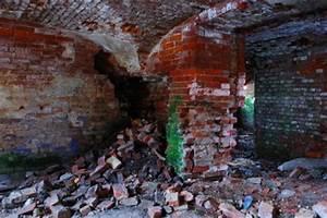Feuchtigkeit Im Mauerwerk Beseitigen : salpeter entfernen im keller so beseitigen sie die ursachen ~ Watch28wear.com Haus und Dekorationen