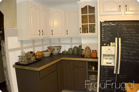kitchen cabinets light lower lower light kitchen cabinets for some reason 9161