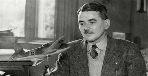 frank whittle biography childhood life achievements