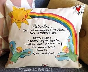 Geschenke Zur Taufe Mädchen : leon engel engel sonne und ein regenbogen kissenbezug zur taufe aus bio baumwolle ~ Frokenaadalensverden.com Haus und Dekorationen