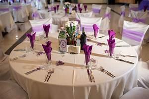 Tischdeko Hochzeit Runde Tische Vintage : 1001 ideen f r prachtvolle tischdeko zur hochzeit nach jahreszeiten ~ A.2002-acura-tl-radio.info Haus und Dekorationen