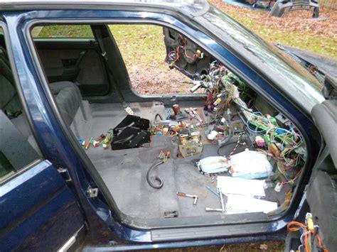 changer siege voiture dépose garnitures et moquette ainsi que divers