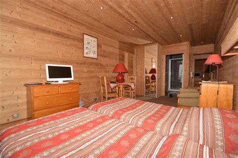 chambre avec sud ouest hôtel le dôme alpe d 39 huez chambre ouest avec balcon