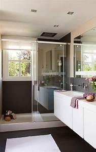 petite salle de bain 30 idees damenagement With salle de bain design avec vasque petite salle de bain