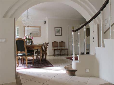 trois pi鐵es cuisine salon ouvert sur salle a manger maison design bahbe com