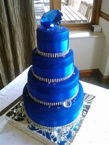 25+ best ideas about Royal blue large wedding cakes on ...