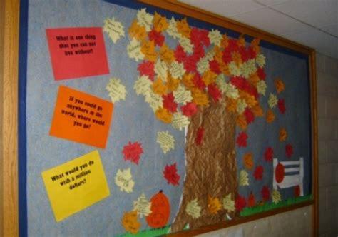 Fall Tree Bulletin Board