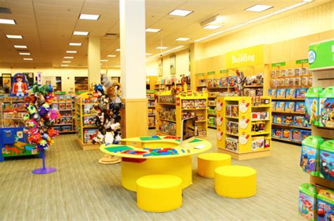 barnes and noble manchester ct barnes noble stores testing playroom boutiques