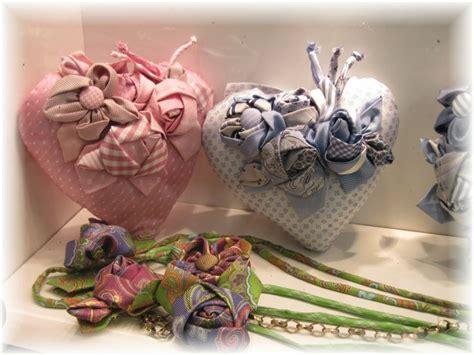 cucito creativo fiori di stoffa cuori e fiori di stoffa cucito creativo