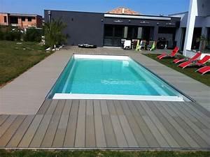 les piscines chez isobati ma sarl maroc With maison en beton coule 15 piscine coque polyester