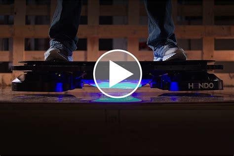 Skateboard Volante Hendo Hoverboard Le Premier Skateboard Volant Au Monde