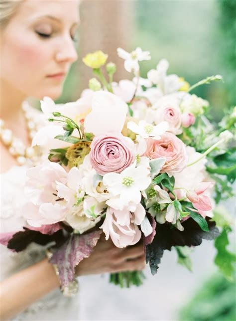 pretty spring wedding flowers  ideas bridaltweet