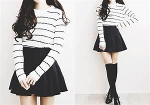 Sweater black white stripes korean fashion pale kawaii shirt skirt - Wheretoget