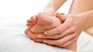 9 Poses To Prevent Bunions  U0026 Relieve Bunion Pain