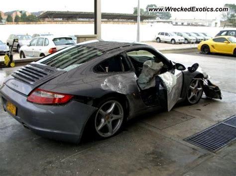 bugatti eb110 crash porsche 911 carrera wrecked bogota colombia