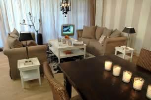 wohnzimmer landhausstil farben beiger landhaustraum landhaus wohnzimmer in beige villacolorful