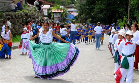 monteverde costa rica maps facts and links 582   monteverde weather dance